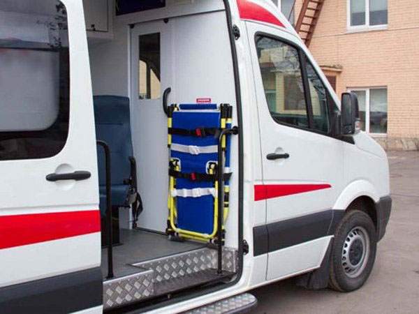 Скорая перевозка лежачих больных в Звенигороде